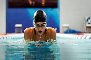 A healthy life - images - Healthy living photos - swimming.jpg