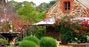 The luxurious Orchard Room accommodation in the Barossa Valley.jpg