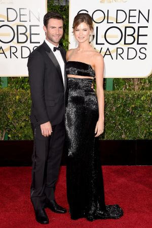 Golden Globes 2015 fashion - Adam Levine and Behati Prinsloo.jpg