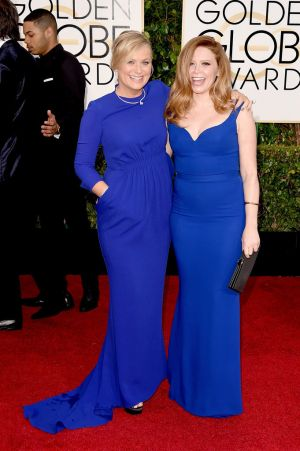 Golden Globes 2015 fashion - Amy Poehler and Natasha Lyonne.jpg