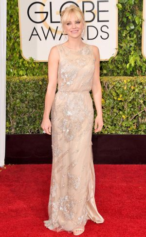 Golden Globes 2015 fashion - Anna Faris in Reem Acra.jpg