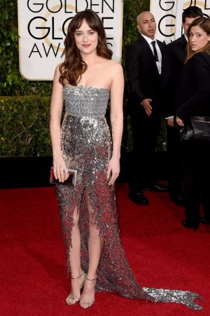 Golden Globes 2015 fashion - Dakota Johnson.jpg