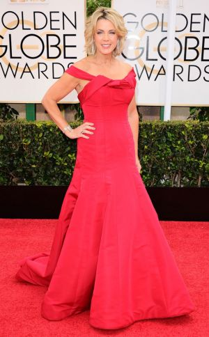 Golden Globes 2015 fashion - Deborah Norville.jpg