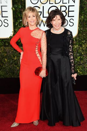 Golden Globes 2015 fashion - Jane Fonda and Lily Tomlin.jpg