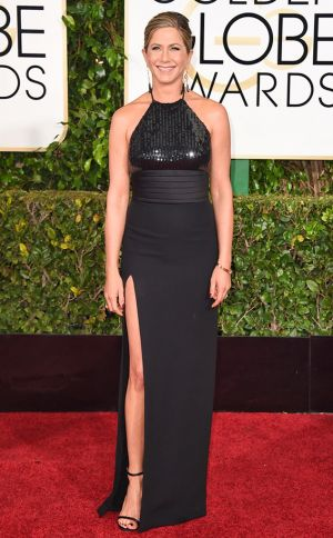 Golden Globes 2015 fashion - Jennifer Aniston in Saint Laurent and Neil Lane jewels.jpg