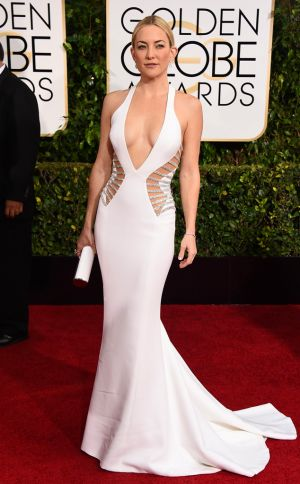 Golden Globes 2015 fashion - Kate Hudson wearing Versace.jpg