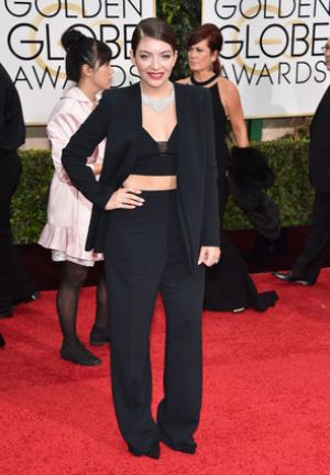 Golden Globes 2015 fashion - Lorde in Narcisco Rodriguez.jpg