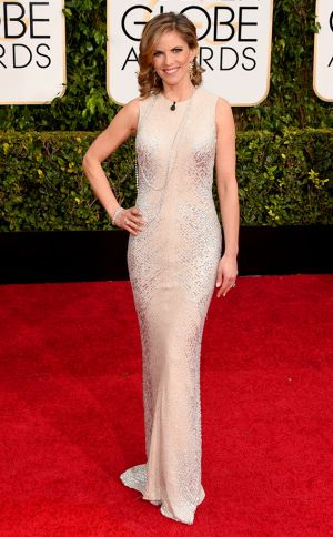 Golden Globes 2015 fashion - Natalie Morales.jpg