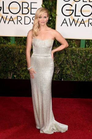 Golden Globes 2015 fashion - Reese Witherspoon in Calvin Klein.jpg