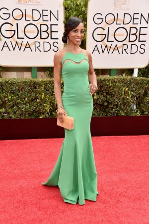 Golden Globes 2015 fashion - Shaun Robinson.jpg