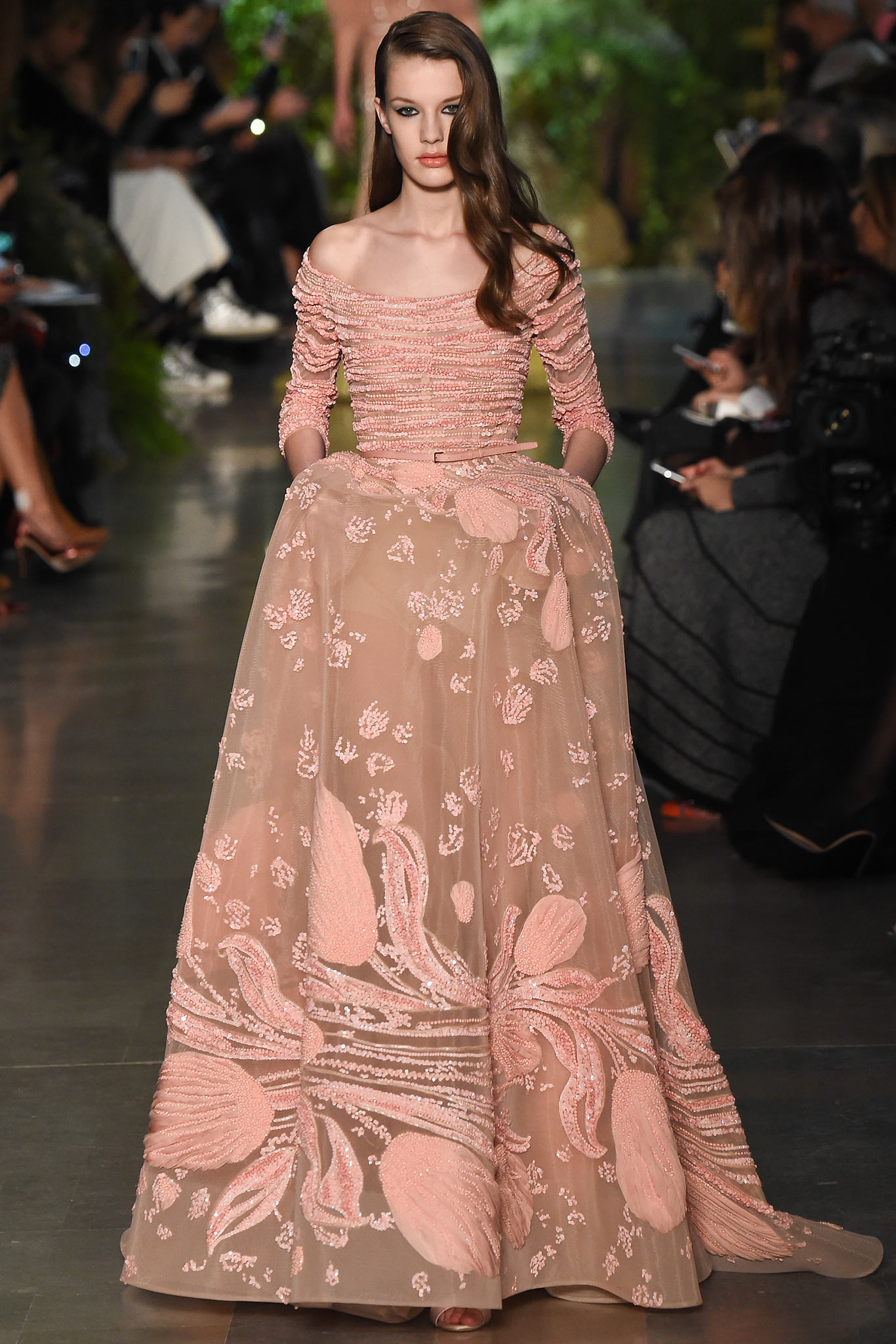 Runway elie saab spring 2015 couture collection for Haute couture collection