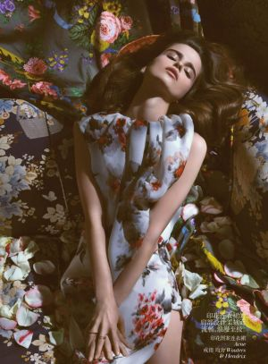 loulou-robert-by-camilla-akrans-for-vogue-china-july-2013.jpg