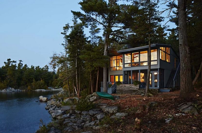 Stylish homes sarah s rental cottage near parry sound in for Georgian bay cabin rentals