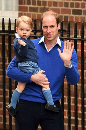 Prince George arrives to meet his baby sister - May 2015.jpg