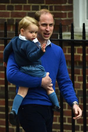 Prince George arrives to meet his baby sister 2015.jpg