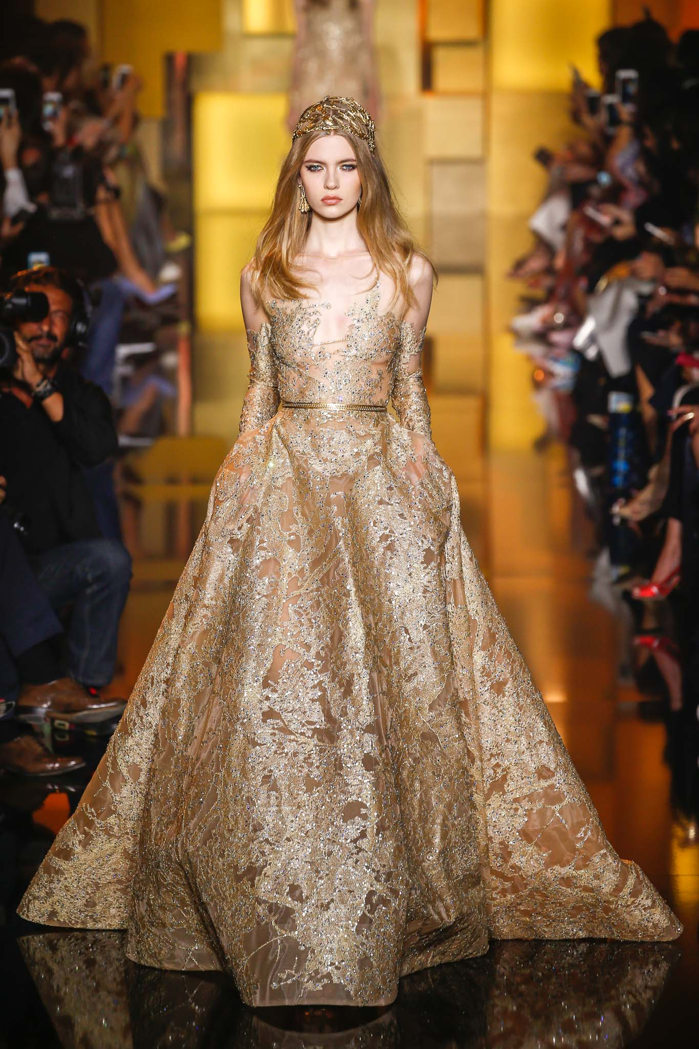 Runway elie saab fall 2015 couture collection for Haute couture collection