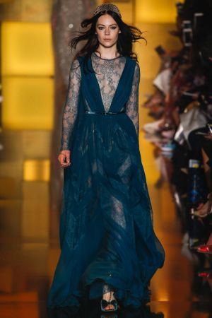 Elie Saab Fall 2015 Couture30.jpg