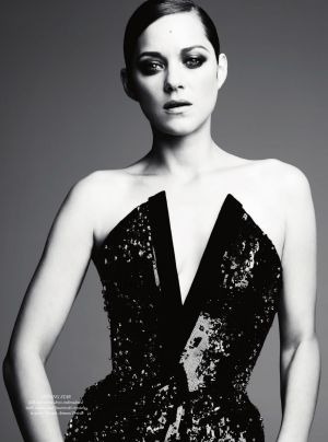Marion Cotillard by Ben Hassett for Harpers Bazaar UK Dec 2012_2.jpg