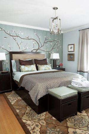 c24-Bedroom design by Erin Feasby with hand-painted silk wallcovering.jpg