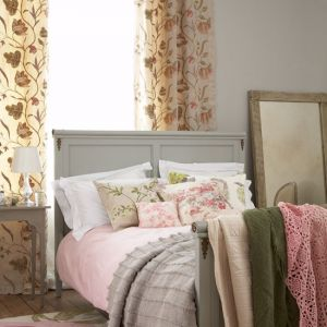 floral-bedroom from Country Homes.jpg