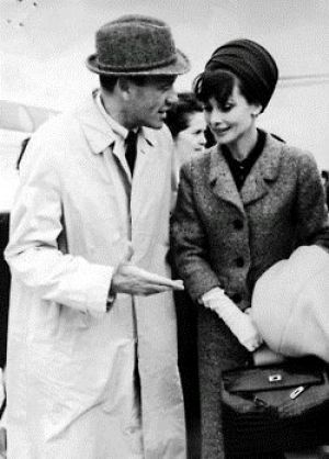 Mel Ferrer and Audrey Hepburn with her Kelly Bag of Hermes2.jpg