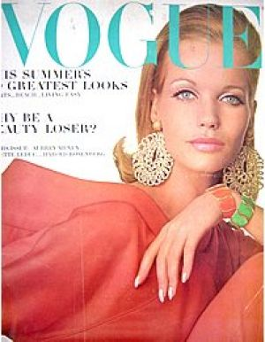Vintage Vogue May 1965 - Veruschka.jpg