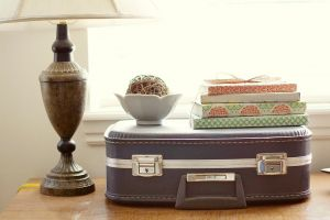Vintage suitcase and lamp - www.myLusciousLife.com.jpg