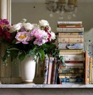 luscious flowers and books - Live lusciously with LUSCIOUS.jpg