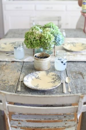 sweet table setting - Live lusciously with LUSCIOUS.jpg