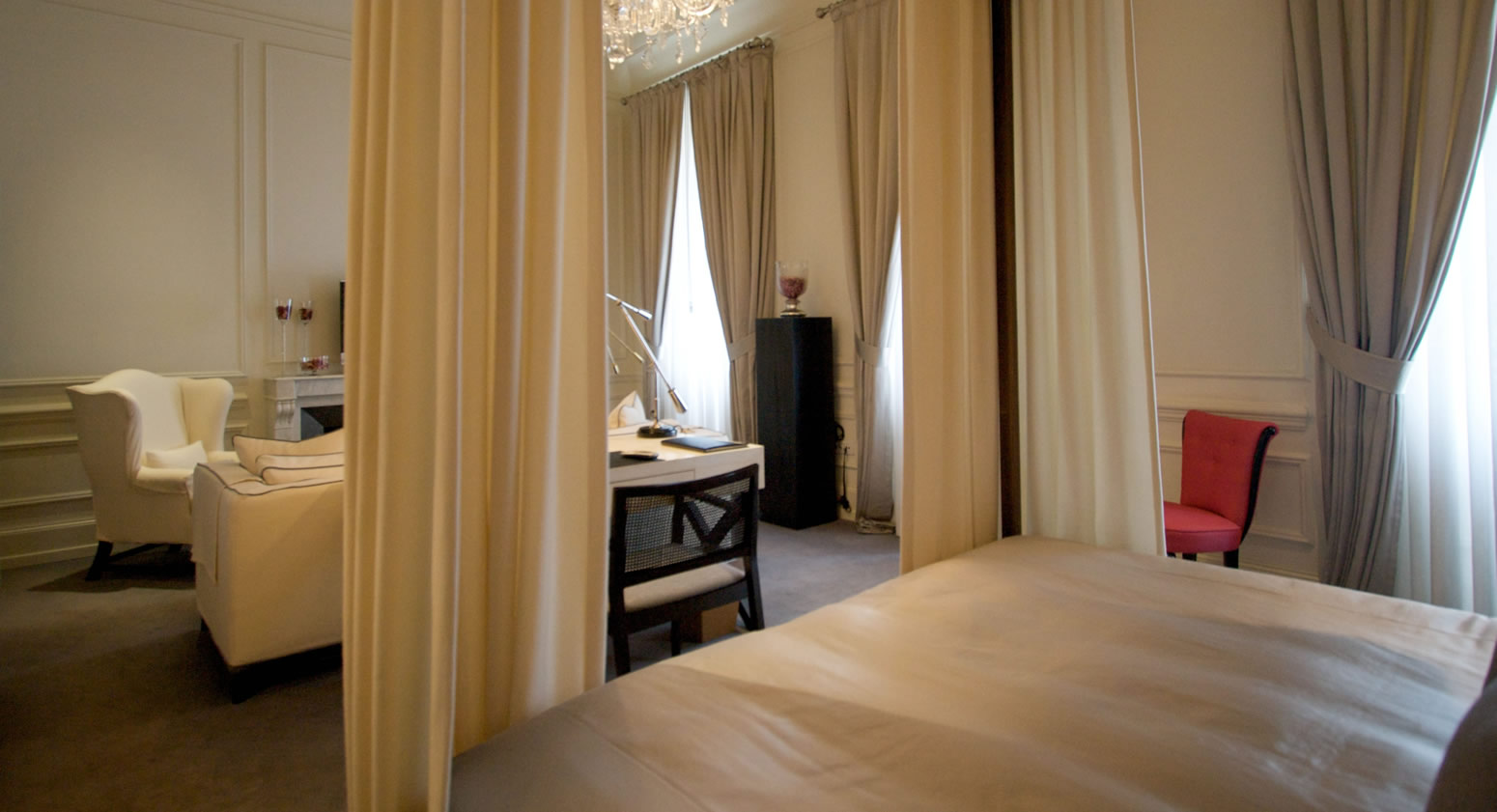 Luscious travel jk place hotel in florence italy for 20 rooms hotel