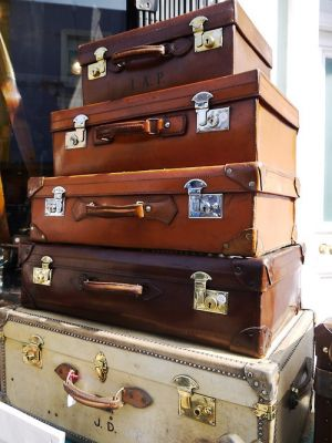 Vintage luggage - mylusciouslife.com - luscious luggage2.jpg