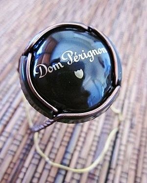 Family-Christmas-Lunch-2010_Dom-Perignon-2002.jpg