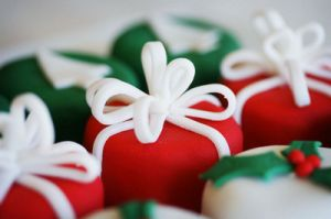 Luscious Christmas desserts and sweet treats - mylusciouslife.com - christmas cakes as presents.jpg