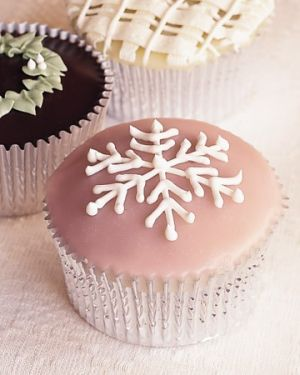 Luscious Christmas desserts cakes and sweet treats - mylusciouslife.com - gingerbread cupcakes.jpg