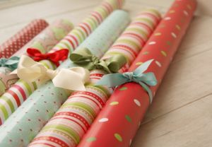 bow-christmas-gift-presents-wrapping-paper.jpg