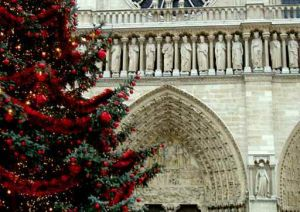Christmas in Paris- mylusciouslife.com - paris-christmas.jpg