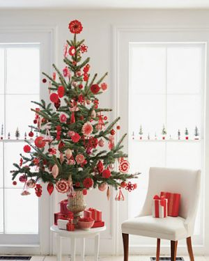 Christmas trees - mylusciouslife.com - martha stewart christmas tree.jpg