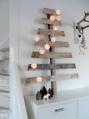 Christmas trees - mylusciouslife.com - modern christmas tree.jpg