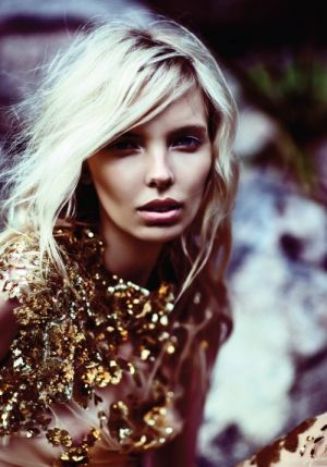 Festive frockage ideas - mylusciouslife.com - Blonde model with rust sequinned top.jpg