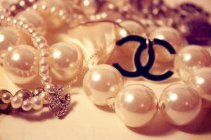 Festive frockage ideas - mylusciouslife.com - Chanel jewellery50.jpg