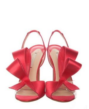 Festive frockage ideas - mylusciouslife.com - Christmas red ribbon heels.jpg