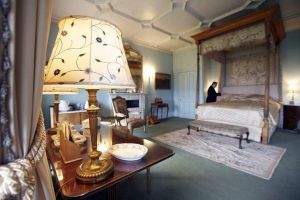 Downton Abbey and Highclere Castle interiors - bedroom.jpg