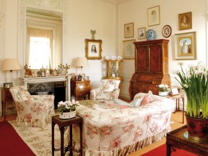 Downton Abbey and Highclere Castle interiors6.png