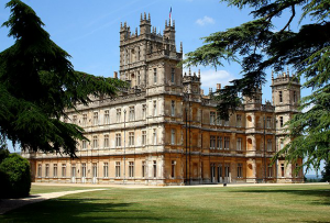 Highclere castle as downton abbey - www.myLusciousLife.com.png