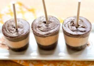Chcoolate Salted Caramel Pudding Pops