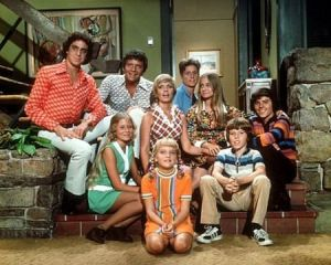 TV show fashion history - The Brady Bunch - fashion.jpg