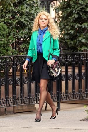 TV show fashion history - The Carrie Diaries - AnnaSophia.jpg