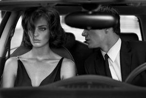 daria-werbowy-vogue-italia-october2003-cinema-stills-by-steven-meisel.jpg