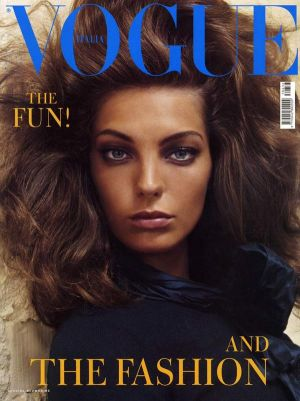 vogue-italy-2003-august-00.jpg