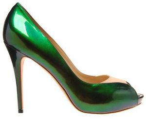 Emerald green clothes shoes accessories - myLusciousLife.com - alexander-mcqueen-green-shoes.jpg